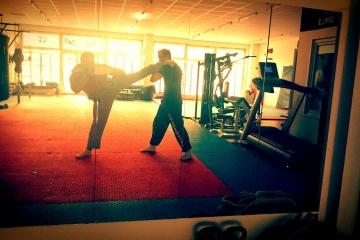 MMA Kick-Thaiboxen
